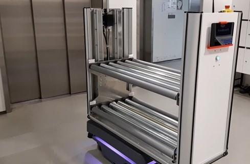 Reboot IoT Factory: Automated mobile robot lift.